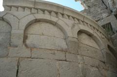 Ancienne abbaye Saint-Félix-de-Montceau - Français:   Gigean ( Hérault - France) - Abbaye Saint-Félix-de-Montceau - chevet roman