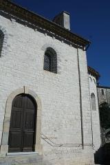 Château - Français:   Laroque - Façade méridionale de la chapelle Saint-Jean.