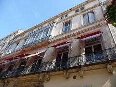 Hôtel de Bénézet - Català: Part dreta de la façana de l'Hôtel de Bénézet (Montpeller)