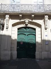 Hôtel de Claris - Català: Porta de l'Hôtel de Claris (Montpeller)