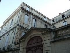 Hôtel de Joubert - Català:   Porta i façana esquerra de l\'Hôtel de Joubert
