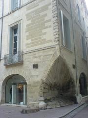 """Ancien Hôtel de Sarret dit de la """"Coquille"""" - Català:"""