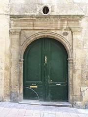 Immeuble - Català: Porta de l'edifici a la rue des Soeurs-Noires, 3 (Montpeller)
