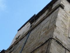 Immeuble - Català: Detall de la façana de l'edifici a la rue des Soeurs-Noires, 3 (Montpeller)