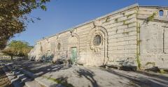 Ensemble de la promenade du Peyrou - Une section mur de soutènement de la Place royale du Peyrou dans sa partie sud-ouest. Montpellier, Hérault, France.