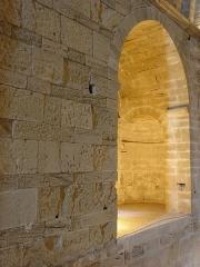 Ensemble historique et archéologique de la cité épiscopale et canoniale de Maguelone - Intérieur de la cathédrale Saint-Pierre-et-Saint-Paul de Maguelone, Villeneuve-lès-Maguelone (34).