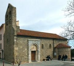 Eglise Sainte-Marie - English: Romanesque parish church Sainte-Marie de Brouilla (12th century), France, view from SW