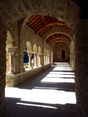 Abbaye de Saint-Martin du Canigou - Abbaye Saint-Martin du Canigou