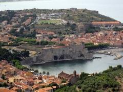 Ancienne église et ancien couvent des Dominicains - Català: Cotlliure des del fort de Sant Elm