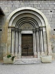 Eglise Sainte-Marie - Français:   Église Sainte-Marie de Corneilla-de-Conflent (66). Portail occidental.