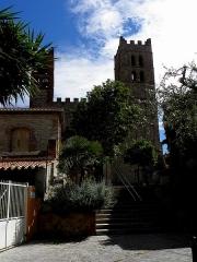 Eglise Sainte-Eulalie (ancienne cathédrale) - Français:   Cathédrale Sainte-Eulalie et Sainte-Julie d\'Elne (66). Façade occidentale.