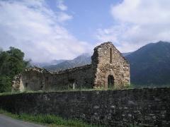 Vestiges de l'ancienne église Saint-Pierre - Català: Ruïnes de l'església romànica de Sant Pere de Fillols