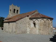 Eglise Saint-Saturnin - English: View of the church of Montesquieu-des-Albères (Pyrénées-Orientales, France)