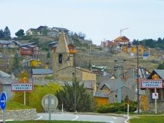 Eglise Saint-Martin d'Odeillo - Català: Vista d'Odelló amb l'església de Sant Martí (Alta Cerdanya)