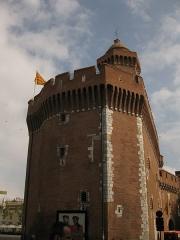 Castillet, Grand-Castillet, porte Notre-Dame ou Petit-Castillet - Català: El Castellet de Perpinyà, vist des del Voral Sadi Carnot