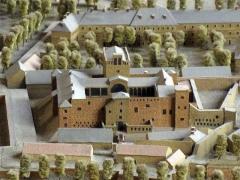 Maison dite Casa Xanxo - Català: Casa de Bernat Xanxo (Perpinyà), maqueta de la fortificació de Perpinyà projectada per Vauban per a Lluís XIV (1686), l'original de la qual és al Musée des Invalides de París. A la imatge, la ciutadella entorn del palau dels Reis de Mallorca.