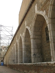 Ancien grand Séminaire - Català: Galeria sud del cementiri de Sant Joan, vora la Catedral, on el 1825 es va construir un nou edifici per al seminari diocesà
