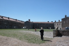 Fort de Bellegarde - Anciens casernements du fort de Bellegarde, Fr-66-Perthus
