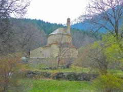 Eglise Notre-Dame-de-la-Merci - Català: Santa Maria de Planès entre arbres (Alta Cerdanya)