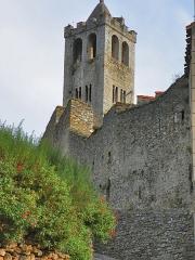 Eglise Saint-Juste-et-Sainte-Ruffine - Català: Torre de l'església de Prats de Molló (Vallespir)