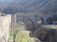 Remparts - Català: Muralles i pont de Prats de Molló.
