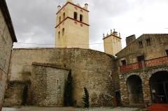 Eglise Saint-Michel - Català: Sant Genís de Fontanes - Campanars i absis