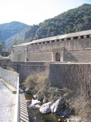Remparts de la ville - Français:   Remparts de Villefranche-de-Conflent, situés sur la commune de Villefranche-de-Conflent (Pyrénées-Orientales, 66), classés sur la liste des Monuments Historiques de France, depuis le 10 décembre 1920 (PA00104152 ).