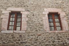 Maison Alazet - Français:   Maison Alazet, rue St-Jean, Villefranche-de-Conflent
