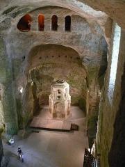 Eglise souterraine monolithe Saint-Jean - Français:   Une basilique souterraine unique en France