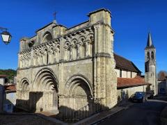 Eglise Saint-Jacques - Français:   la collégiale Saint Jacques