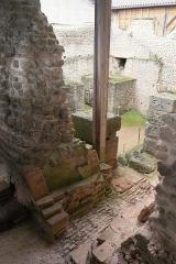 Centre rural gallo-romain (vestiges archéologiques) - Cassinomagus, commune de Chassenon, Charente, France S-O. Thermes classés MH.