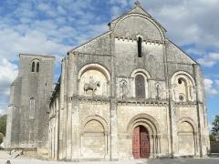 Eglise Saint-Pierre -  église et clocher (Châteauneuf-sur-Charente)