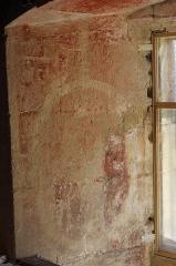 Prieuré Saint-Jean-Baptiste - Français:   Prieuré de Ronsenac, Charente, France - Fresque dans l\'embrasure d\'une fenêtre sous le toit.