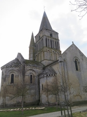 Eglise Saint-Pierre - This building is indexed in the Base Mérimée, a database of architectural heritage maintained by the French Ministry of Culture, under the reference PA00104605 .