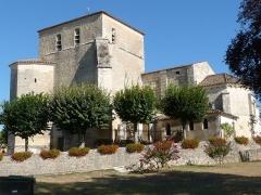 Eglise Saint-Vincent - English: church of Montguyon, Charente-Maritime, SW France