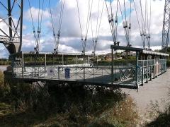 Pont transbordeur du Martrou - Français:   Nacelle du Pont Transbordeur de Martrou Rochefort Charente Maritime France