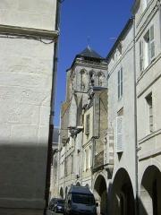 Maison - Français:   Maison avec échauguette au 4 rue Pernelle à La Rochelle