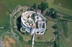 Château - Français:   Travaux de restauration en cours.