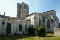 Eglise Saint-Jean-Baptiste - Français:   Église Saint-Jean-Baptiste Saint-Jean-d\'Angle Charente-Maritime France