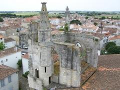 Eglise Saint-Martin dite Le Grand Fort - Français:   Église Saint-Martin de Saint-Martin-de-Ré.
