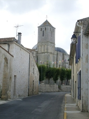 Eglise Saint-Romain -  Rue du bourg de Saint-Romain de Benet