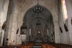 Eglise Saint-Savinien - Français:   Nef, église Saint-Savinien, Fr-17-Saint-Savinien.