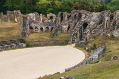 Restes de l'amphithéâtre gallo-romain - English: Amphitheatre, Saintes, Charente-Maritime, France