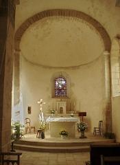 Eglise Saint-Martin - Français:   Chœur de l\'église Saint-Martin. Brux, Vienne, France
