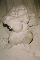 Eglise Notre-Dame - Français:   Un ange musicien dans l\'église Notre-Dame de Chauvigny, Poitou, France