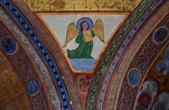 Eglise Saint-Nicolas - Détail de la décoration intérieure (XIXe) de l'église Saint-Nicolas (XIIe): pendentif de la tour-lanterne dédié à Saint Matthieu. Peintre: Pierre-Amédée Brouillet (1826-1901). Civray, Vienne, France.