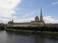 Ancienne église abbatiale - Abbaye de Saint-Savin-sur-Gartempe (86).