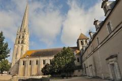 Ancienne église abbatiale - Vue coté Sud