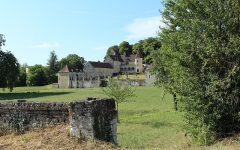 Château de la Massardière - Français:   Château de la Massardière à Thuré dans la Vienne en France. Voir [1].