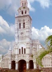 Eglise Sainte-Anne - Français:   Scanner de photos prisens en 2000,  sur l\'îlede la Réunion
